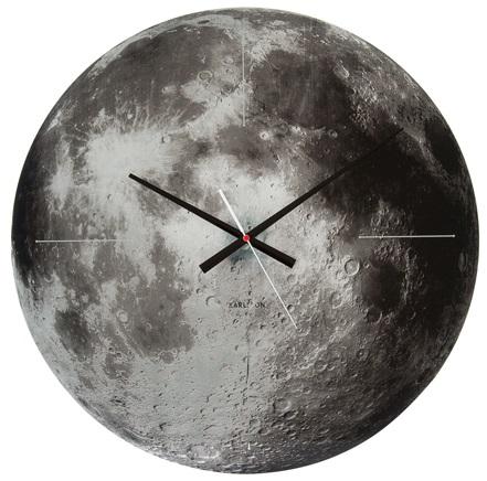 karlsson_moon_wandklok_grijs_eyoba_2